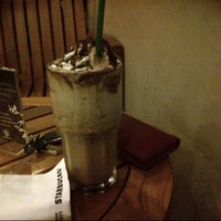 Photo taken at Starbucks by Dhieaz A. on 3/29/2013