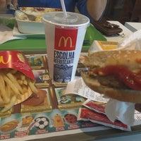 Foto tirada no(a) McDonald's por Cadu C. em 1/3/2013