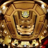 Foto scattata a Centro Cultural Banco do Brasil (CCBB) da Ric Johnnie M. il 9/29/2012