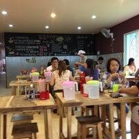 Photo taken at Cha Kang Raw The Noodle by BaBae S. on 5/6/2013