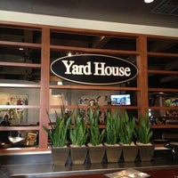 Photo taken at Yard House by Alexandre C. on 11/2/2012
