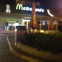 Photo taken at McDonald's by Zya A. on 4/9/2014
