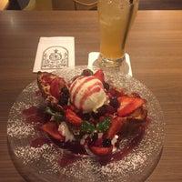 Photo taken at MiLK cafe by タッキー お. on 4/4/2017