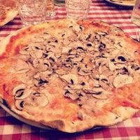 Photo taken at Pizzeria Stravinskij by Ale Lamù on 8/17/2017
