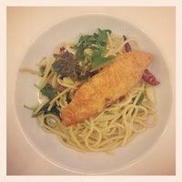 Das Foto wurde bei Brownsugar@พระยาสัจจา von RedXcherry W. am 12/30/2012 aufgenommen