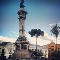 Foto tomada en Plaza Grande por Milton R. el 12/9/2012