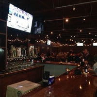 Photo prise au Tap House Grill par Mark Z. le12/9/2012