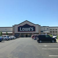 Photo taken at Lowe's Home Improvement by Martin Carlos P. on 5/11/2013
