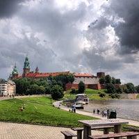 รูปภาพถ่ายที่ Zamek Królewski na Wawelu โดย Scott B. เมื่อ 6/9/2013