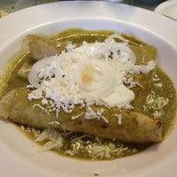 Foto tirada no(a) Restaurante Nicos por Gaby C. em 10/13/2012