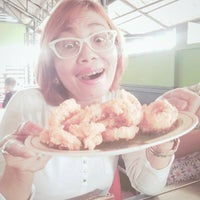 Photo taken at Ayam Bakar Wong Solo by Evie J. on 4/17/2015