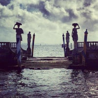 Photo taken at Vizcaya Museum and Gardens by Rafael D. on 4/25/2013