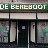 Photo taken at De Bereboot by Tony V. on 5/25/2013