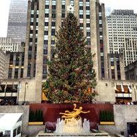 12/17/2012にJamison N.がThe Rink at Rockefeller Centerで撮った写真