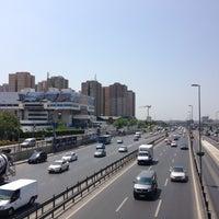 5/6/2013 tarihinde Gamze G.ziyaretçi tarafından Cevizlibağ Metrobüs Durağı'de çekilen fotoğraf