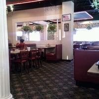 Foto scattata a Skyland Restauraunt da Billy G. il 11/29/2012