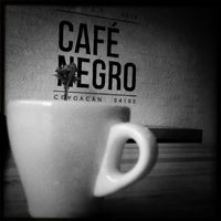 Foto tomada en Café Negro por Adriana L. el 6/30/2013