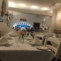Photo taken at Taverna Cretekou by Sandy A. on 6/10/2017