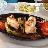 Photo prise au Karafaki Restaurant par Pelin S. le6/24/2013