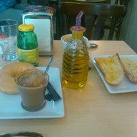 Photo taken at Horno - Cafetería Navarro by Asun G. on 9/29/2012