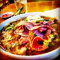 Foto scattata a Pho Sao Bien Vietnamese Restaurant da Jack E. il 8/8/2014