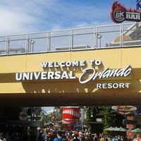 Photo taken at Universal Orlando Resort by Nathália B. on 9/23/2012