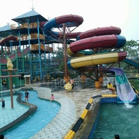 Photo taken at Labersa Water Park by Anton R. on 10/14/2015