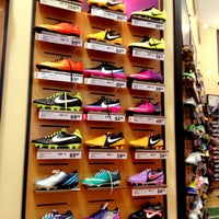 Photo taken at DICK'S Sporting Goods by Bobo L. on 3/13/2013