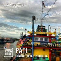 Photo taken at TPI Juawana (Tempat Pelelangan Ikan) by Budi H. on 3/4/2013