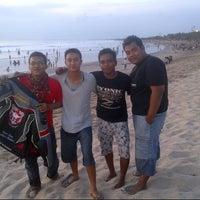 Photo taken at Pantai Kuta - Bali by Aroel a. on 4/1/2013