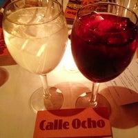 Foto tirada no(a) Calle Ocho por Roger M. em 1/16/2013