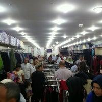 Photo taken at Dağlıkocalar Giyim by Ömer .. on 9/19/2016