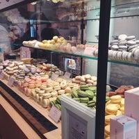Foto scattata a Chez Dodo - Artisan Macarons & Café da Ailar il 3/1/2018