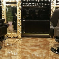 Photo taken at Parham Barbershop   آرایشگاه پرهام by Shahram R. on 2/9/2017