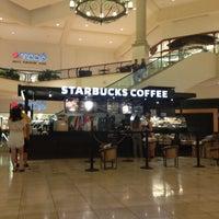 Photo taken at Starbucks by Daniel R. on 5/28/2015
