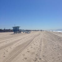Photo taken at Santa Monica Beach Tower 29 by Graham K. on 9/28/2013