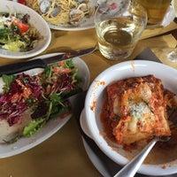 Photo taken at Trattoria Pizzeria da Alvise by Janaé on 5/29/2016