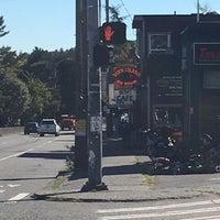 Foto scattata a Duck Island Ale House da Dan T. il 9/12/2016