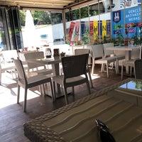 Foto tirada no(a) Tarçın Cafe & Restaurant por Emre Ö. em 7/18/2018