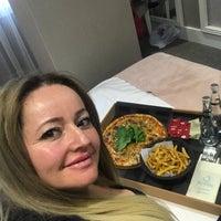 Das Foto wurde bei Mia Berre Hotels von Şaziye A. am 2/24/2018 aufgenommen