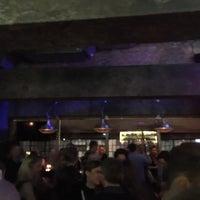 Das Foto wurde bei Hudson's Bar | Dining von Thomas L. am 11/19/2016 aufgenommen