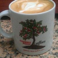 4/13/2014 tarihinde Burcu P.ziyaretçi tarafından Cherrybean Coffees'de çekilen fotoğraf