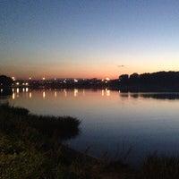 Das Foto wurde bei Парк «Борисовские пруды» von Peter K. am 8/17/2013 aufgenommen