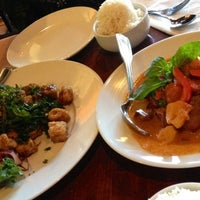 Photo taken at Sabai Sabai Simply Thai by Anita S. on 11/17/2012