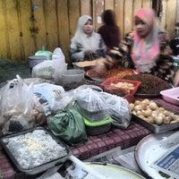 Photo taken at Pasar Pengkalan Chepa by dutakelantan b. on 11/22/2013