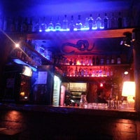 Foto tirada no(a) Macondo Bar por Luciano P. em 3/19/2013