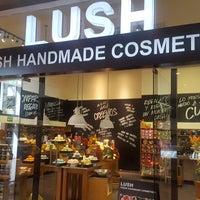 Photo taken at LUSH Fresh Handmade Cosmetics by Ann A. on 1/29/2017