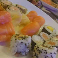 Foto tirada no(a) Hatti Sushi por Sibely N. K. em 6/10/2015