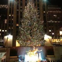 12/23/2012にAntonio d.がThe Rink at Rockefeller Centerで撮った写真