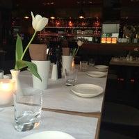 Das Foto wurde bei MIURA Tapas-Bar & Restaurant von JP B. am 5/21/2014 aufgenommen